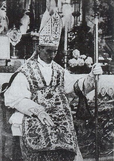 Stepinac kao novoposvećeni nadbiskup koadjutor, 24. lipnja 1934. god.