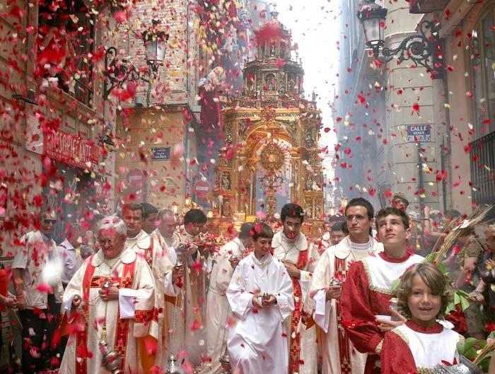 CATHOLICVS-CORPVS-CHRISTI