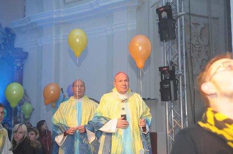 Bečki nadbiskup, mons. Christoph Schönborn, priznao je nedavno da u glavnom gradu Austrije, Beču, od 1,8 milijuna stanovnika, na nedjeljnu Misu redovito odlazi njih 2%.