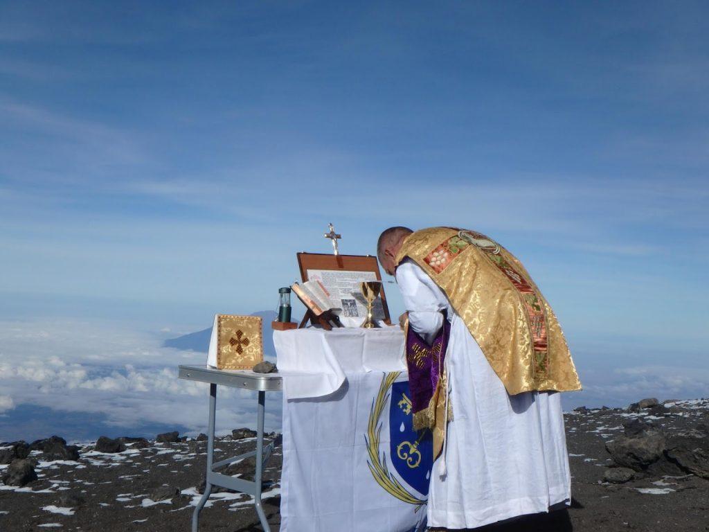 Sumich12 Kilimanjaro