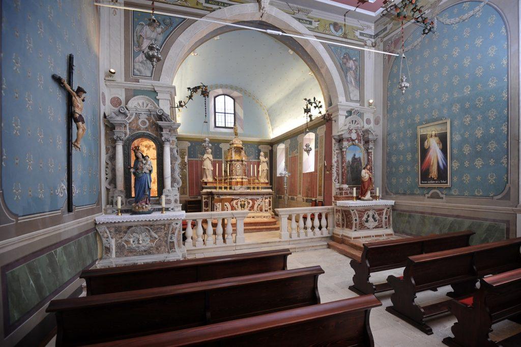 Obnovljena crkva Bezgrešnog začeća Blažene Djevice Marije u Gornjoj Podstrani.